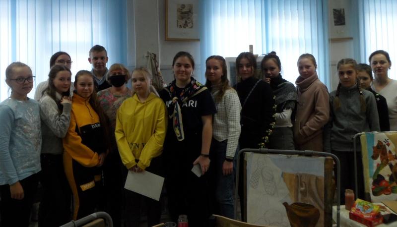 Школьнице из Галича вручена награда за призовое место во Всероссийском конкурсе по пожарной безопасности