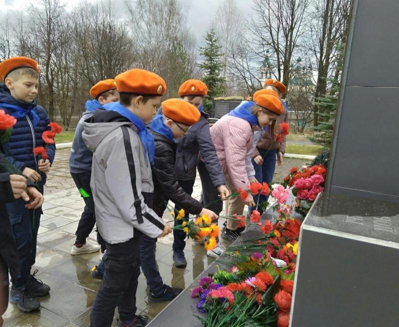 Юные спасатели Солигалича провели профилактические акции по безопасности